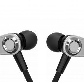 HI-PLUS HP-205E Stereo Earphone with Extra Bass & Mic